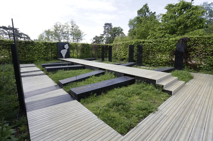 Accoya® wood was selected to provide decking for one of just twenty six gardens on display at Europe's most renowned garden events the Chaumont-sur-Loire International Garden Show. #accoya #wood
