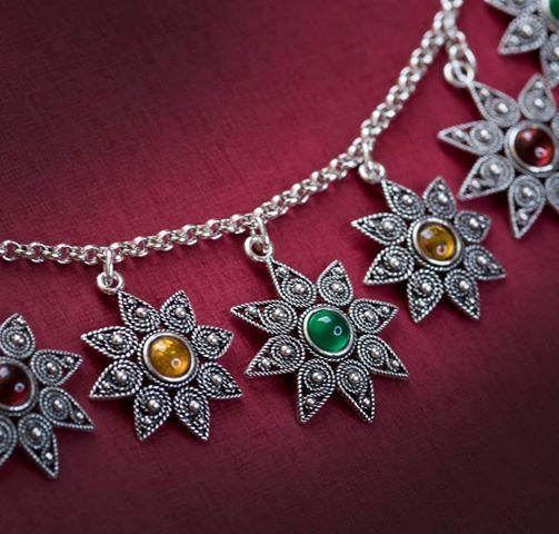 argento, ambra, granato, giada..Flore Sardigna