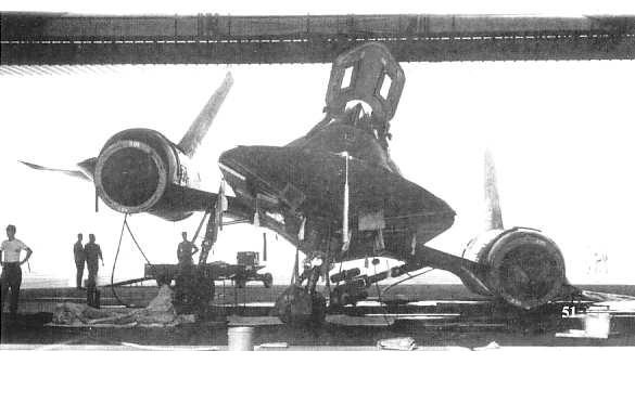 SR-71 slips