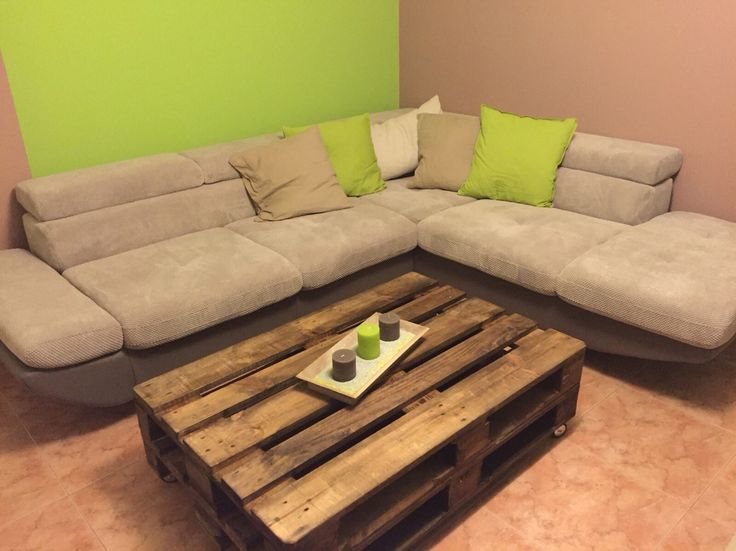 Mesa creada con palets materiales lijadora palets - Mesa de palets ...