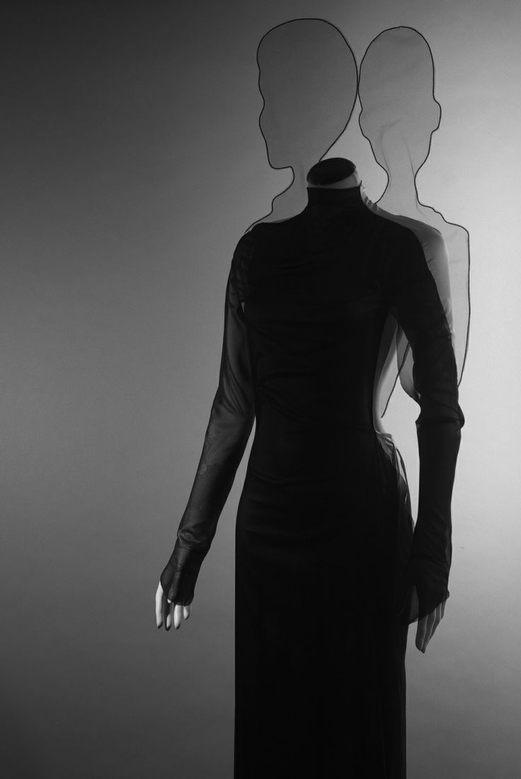 Aiaié-Hegedűs Zsanett / Shadowgraph 2014