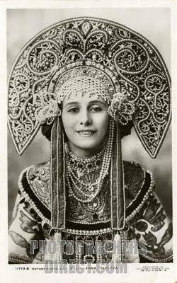 Anna Pavlova in Traditional Russian Kokoshnik