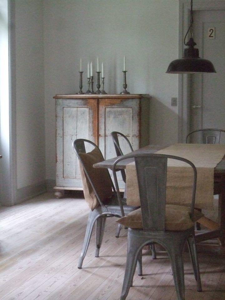 metalen stoelen - via eikenstamtafel.be: verhuur exclusieve eikenhouten feesttafels, banken en stoelen