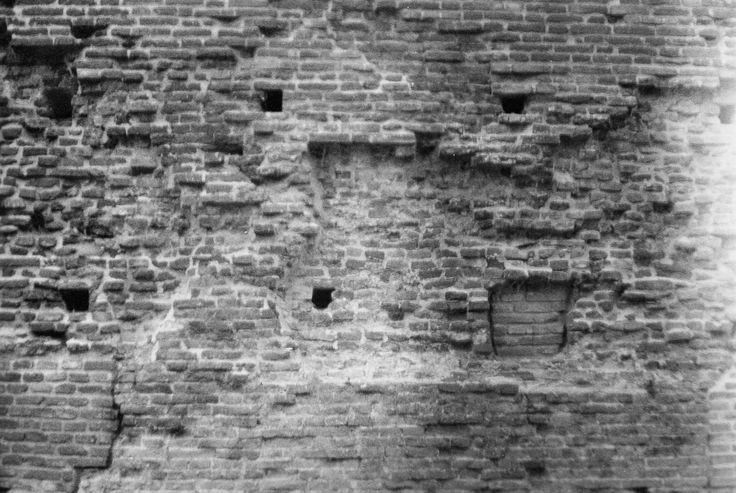 Ferrara, City Walls From: 'My Way to Say Goodbye'  Giugno 2014  Ferrara | Italy  Photo: Laura Belotti