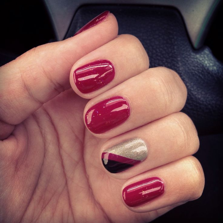 Christy C's nails @sasssycc @aprilsnailz | 3-tone nails CND Shellac nail art, nail designs. **Leave the credits and details as these are someone's nails!**