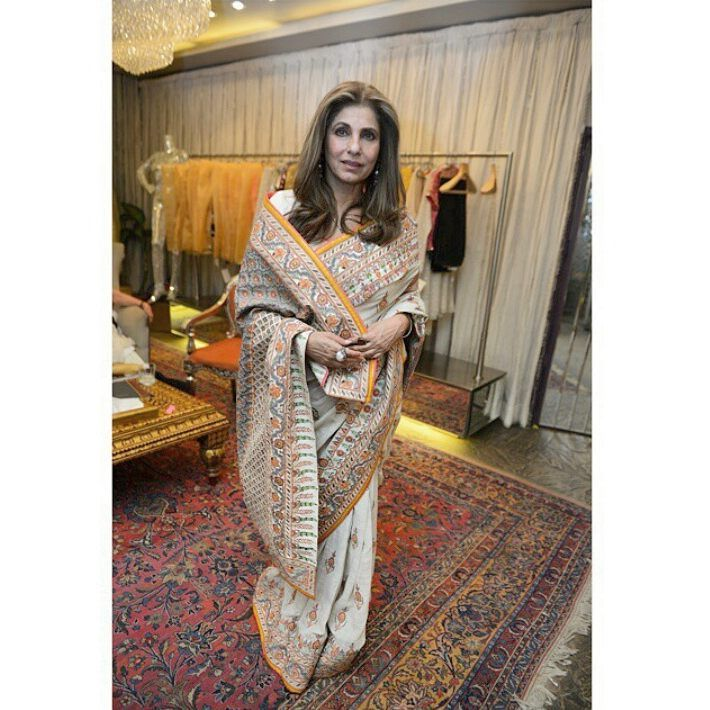 Dimple Kapadia wore a beautiful @abujanisandeepkhosla hand-embroidered sari at the Indian Fashion Couture Week last night. I think she's the most versatile and graceful woman in #bollywood with perfect timeless style. #abujanisandeepkhosla