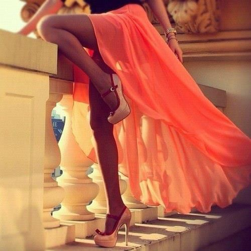 Coral maxi.: Fashion Shoes, Style, Highlow, Dresses, Long Skirts, Girls Fashion, High Heels, High Low, Maxis Skirts