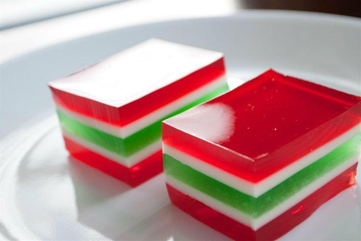 Christmas Jello . . . . hmmm wonder if could make into layered jello shots? @Monica Breen