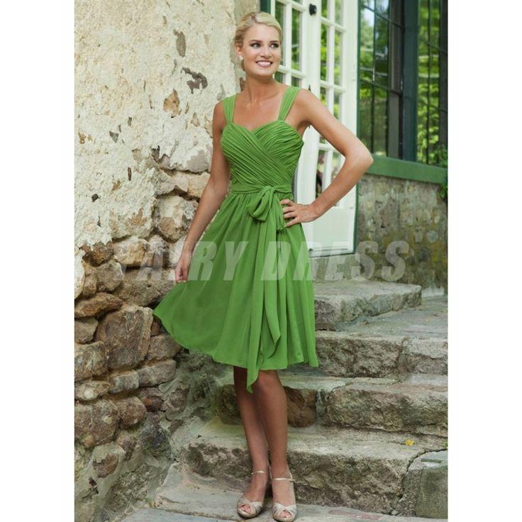 Robe demoiselle d'honneur verte à A-ligne ruchée longue aux genoux avec bretelle Modèle: WPBD0172  Disponibilité : En stock €66,95