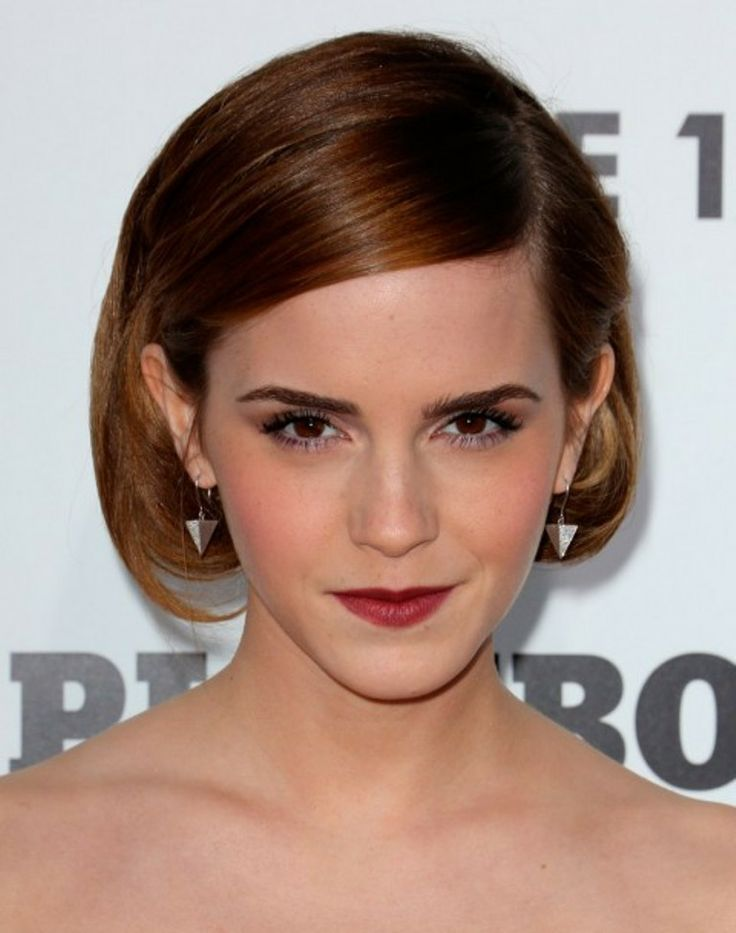Celebrity Most Hottest Summer Hair Trends 2014 ... Emma-Watson-Celebrity-Bobs └▶ └▶ http://www.pouted.com/?p=36773