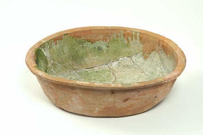 Large Medieval Pottery Bowl With Green Glaze 14th Or 15th