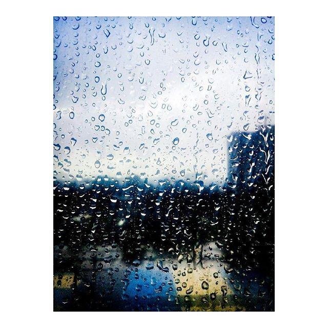 """Some people feel the rain. Others just get wet. - Bob Marley • #amateurphotography #amateur #photograph #photography #philippines #photooftheday #pictureoftheday #pictureperfect #sillouette #raindrops #rain #clouds #nature #naturephotography #igdaily #instagood #instamood #practicemakesperfect #live #beautiful #beautyofnature #naturegram #lovelife 😂"" by @xainte_photography. #ganpatibappamorya #dilsedesi #aboutlastnight #whatiwore #ganpati #ganeshutsav #ganpatibappa #indianfestival…"