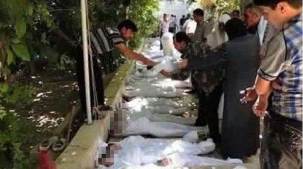 Dopo i primi attacchi francesi alla capitale del califfato islamico, Raqqa, iniziano a circolare le prime foto di bambini siriani morti. Le foto, però, risalgono a ben altri eventi e, quindi, costituiscono una bufala
