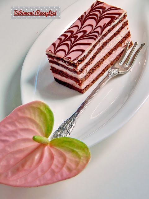 Nagyon szeretem a mézes lapos sütiket. Próbálok mindig újabb és újabb krémeket belevarázsolni. Gyönyörű flamingót kaptam ajándékba amire...