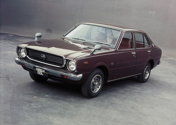 Toyota Corolla 4-door Sedan (TE30) '1974–79