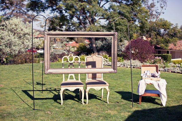 This empty frame set-up allows guests to create their own photo ops and snap away, without the hassle and expense of a booth rental. I bet this would be a hit at birthday parties, graduation celebrations and family reunions, too.