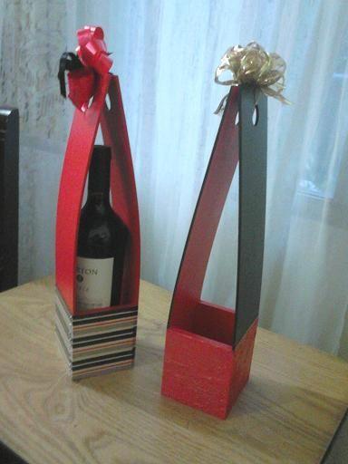 Caja porta vino en fibrofacil