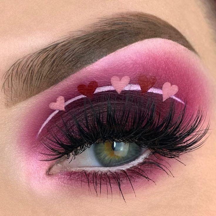 Valentines day eyeshadow look.