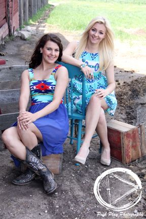 turquoise dress - aztec dress - cowgirl crush - senior girl - senior picture clothes - cowboy boots - fun girl poses - best friend pictures