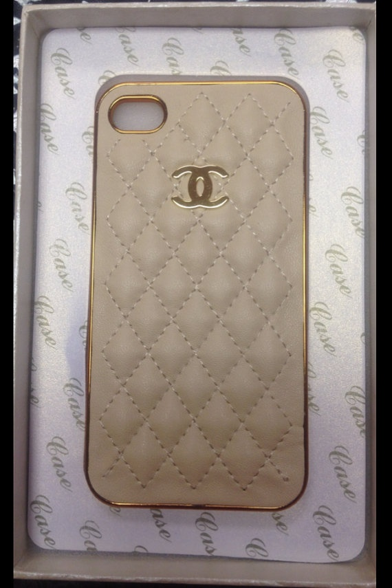 new arrival 5a96e 3733f CHANEL PHONE CASE | My Style | Chanel phone case, Chanel iphone case ...