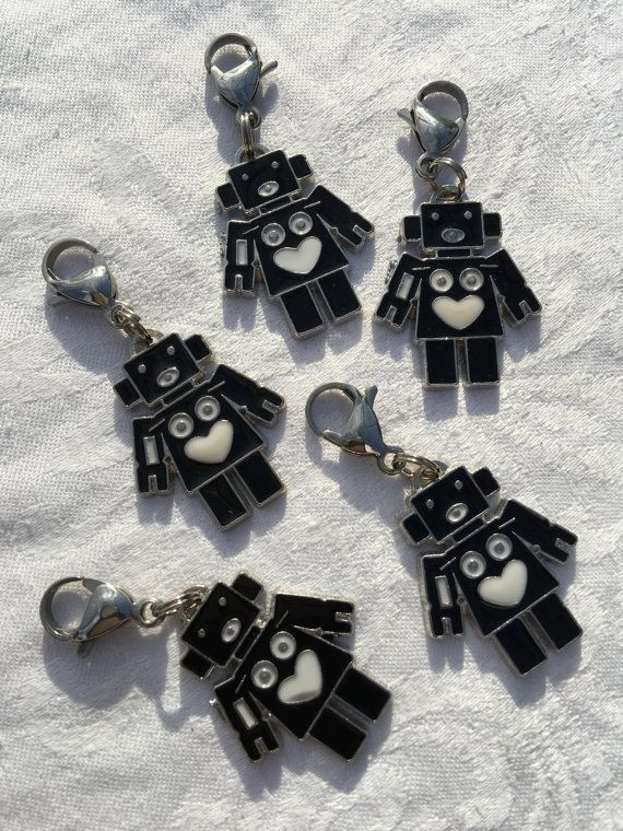 Robot Zipper Pulls | Party Favors | Friendship Gifts | Party Favors and Prizes | Team Gift | Hanukkah Gift for Friends | Classroom Gift