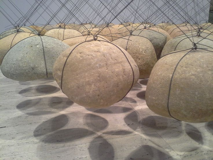 Ken Unsworth's Suspended stone circle II (1974-1977, 1988), Art Gallery of New South Wales