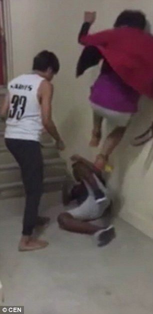 SINGAPORE 🇸🇬 school bullies seen punching and kicking a boy in horrific attack | Daily Mail Online