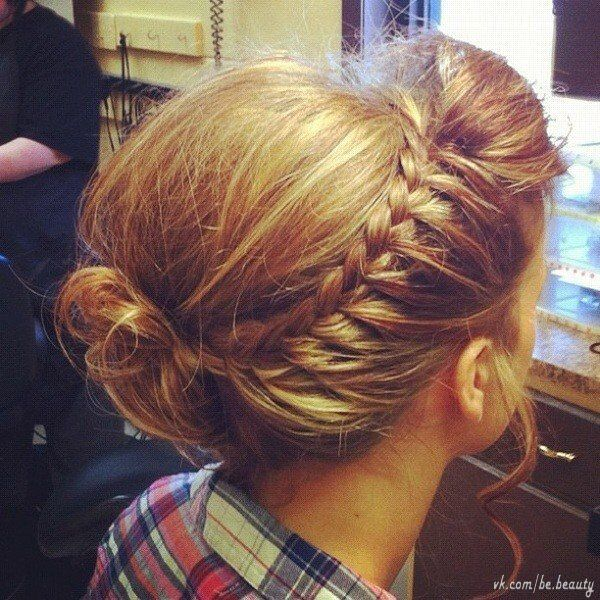 I want to have hair like this for the wedding. Whomever does your hair should do mine as well.