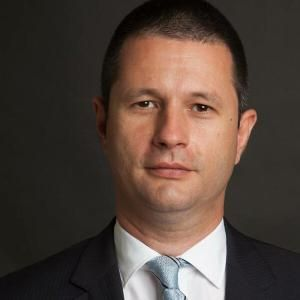 Victor Vlad Grigorescu - propus ministru al Energiei ,39ani,expert,reprezentant al Roaniei la UE?la Consiliul 133 al otelului,membru CA al electrica SA – AGERPRES