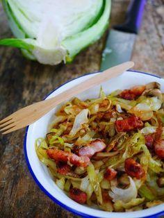 Poêlée de choux vert, champignons et lardons via @marciatack Plus