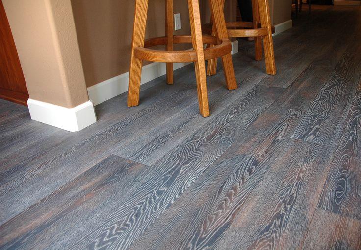 Pisos de madera estructurada colores grises tendencias for Pisos de madera color gris