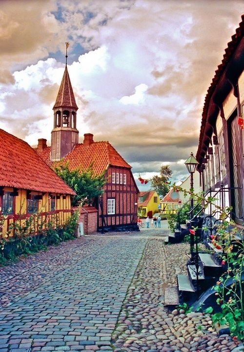 Ebeltoft, Denmark Oh what a beautiful place! Mark and I spent some time there and wish we could spend a whole month there with bikes!