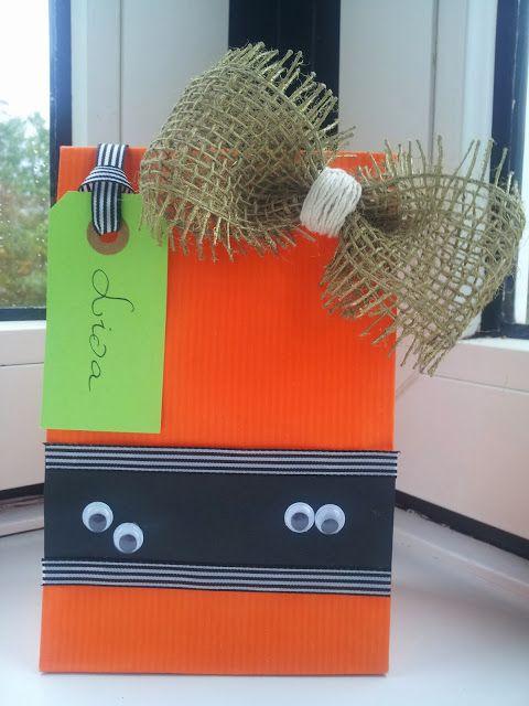 A Spoonful of Crafts: Gør-det-selv for børn: Goodie Bags til Halloween / Kids' DIY: Goodie Bags for Halloween