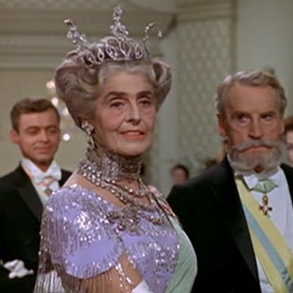 The Glamorous Embassy Ball scene of My Fair Lady is an authentic catwalk of tiaras masterpieces - Photo from the movie