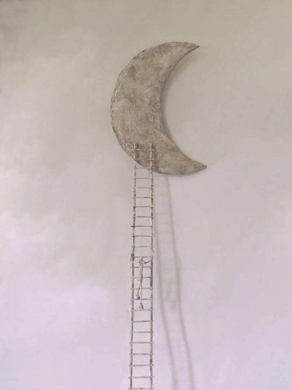 ladder to the moon - sculpture by Antoine Jossé.