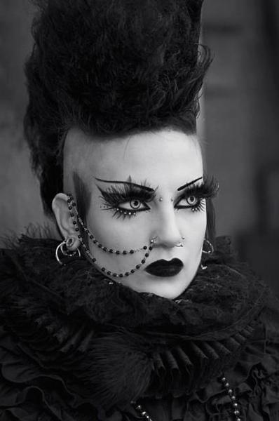 #Gothic #Deathhawk † #DeathRocker Fashion