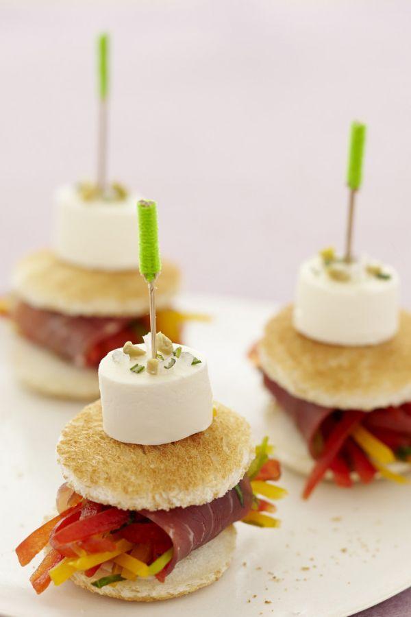 Yummy! Gemüsiges Mini-Sandwich - perfekt für Partys. Rezept Mini-Sandwich mit Gemüse. #cestbon