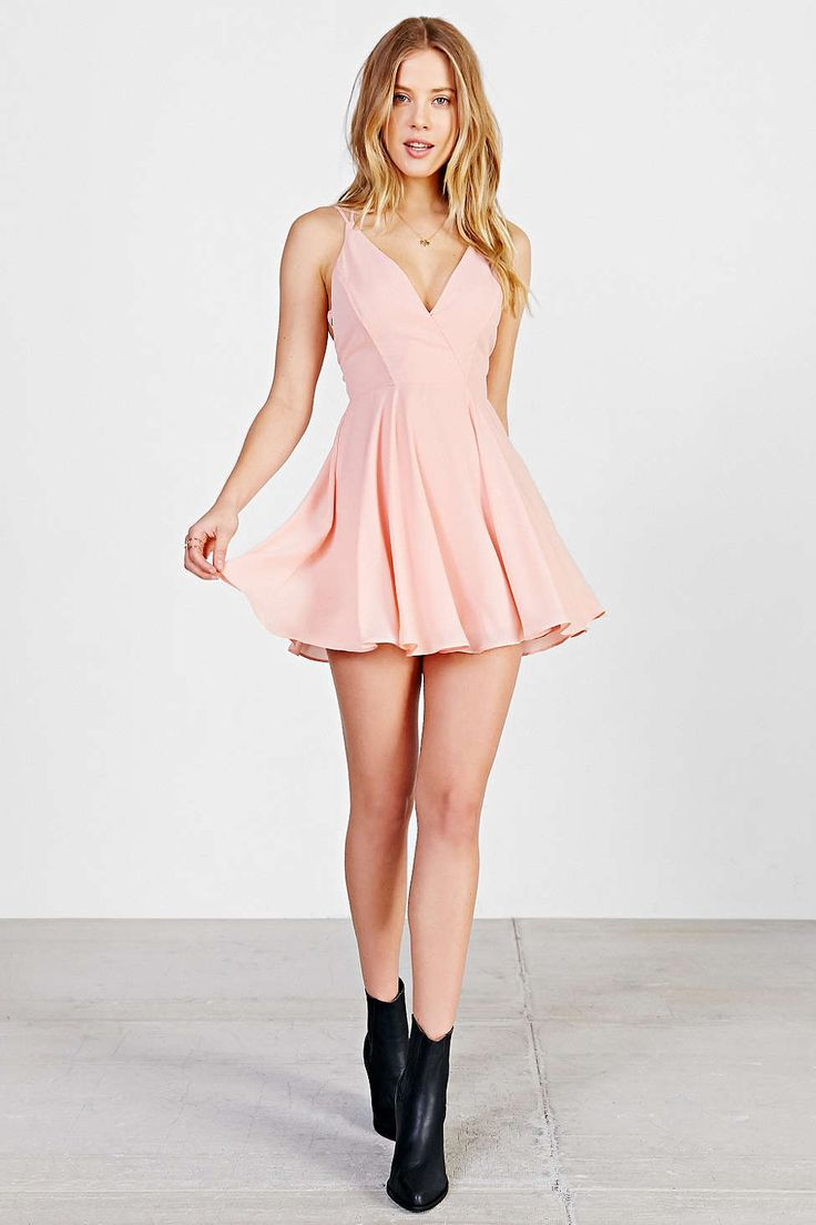 1000  ideas about Light Pink Dresses on Pinterest | Skater dresses ...
