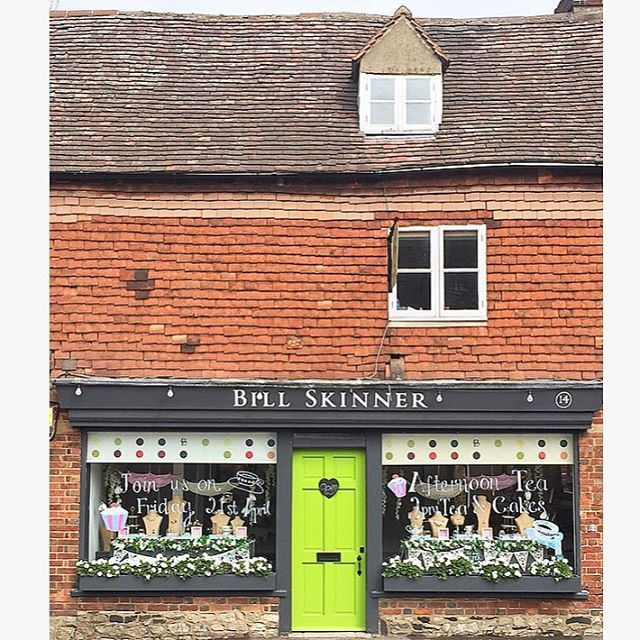 ✨ 🍰 :: Otford Afternoon Tea with Bill Skinner :: 🍰 ✨    Are you in the Sevenoaks area today?    Join us for tea & cakes from 2.00pm to 4.30pm to celebrate of our new SS17 collections & the English tea party windows at our original Otford Boutique!    See you there lovelies! 🌸  .  .  .  #BillSkinner #afternoontea #sevenoaks #kent #eventsinkent #visitkent #teaparty #fashion #fashionphotography #lookbook #ss17 #ss17collection #cupcakes #hightea #kentlife #fashionstyle #party🎉#nationalteaday