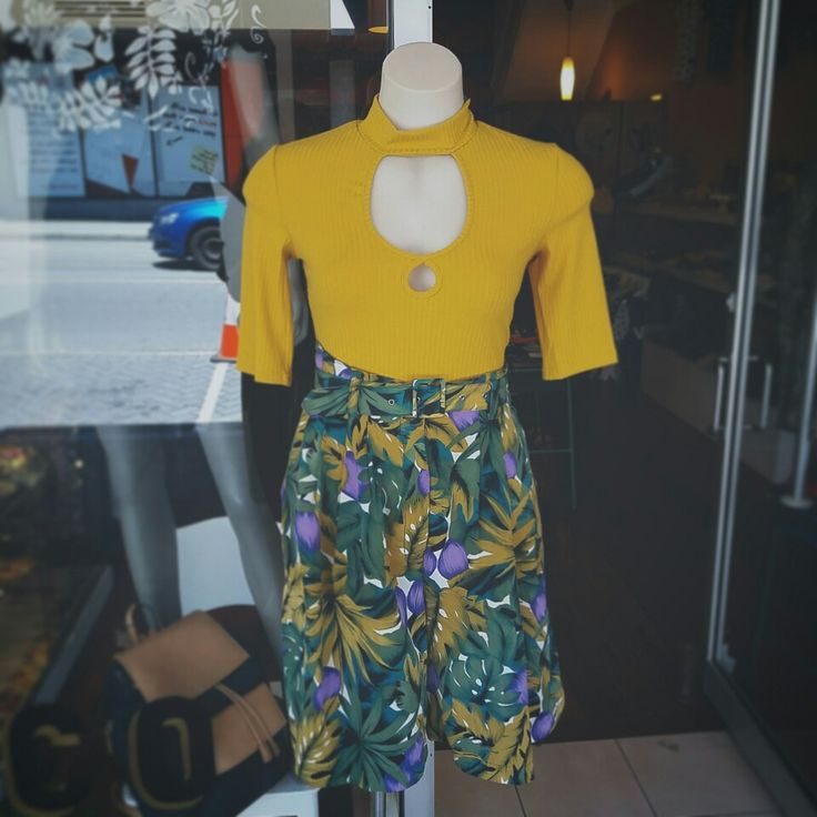 Mustard keyhole rib top by Mink Pink paired with fabulous Vintage Hawaiian print shorts