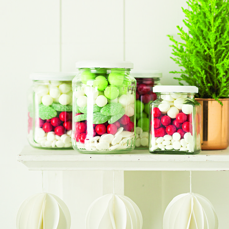 Layering your favourite festive coloured treats in a jar can make a great Christmas gift or the perfect after dinner treats!