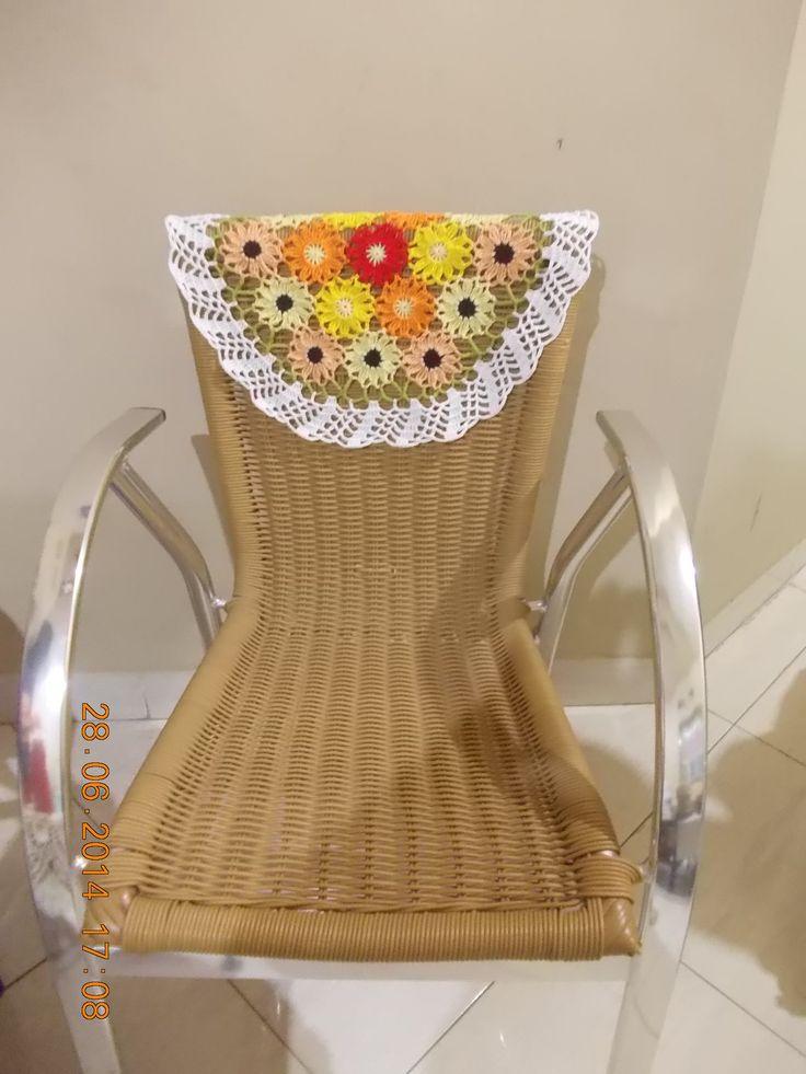 (24) Bisa juga berfungsi sebagai dekorasi kursi by Yvonne Sumilat