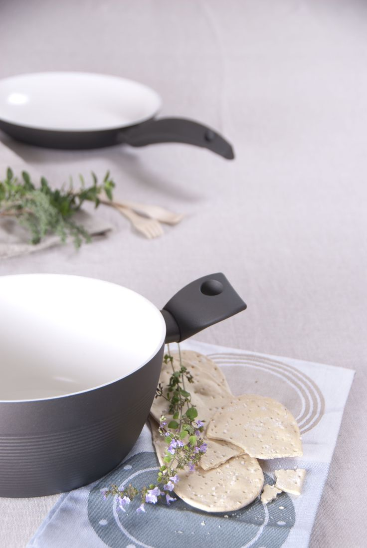 Tvs Armoniosa Ceramic coated Cookware Collection