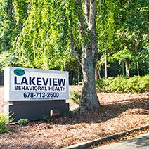 Meth Addiction Symptoms, Side Effects, Signs & Withdrawal - Lakeview