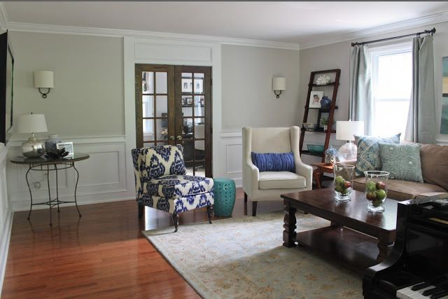 Love this living room - wainscoting, wall color, door ... - photo#37