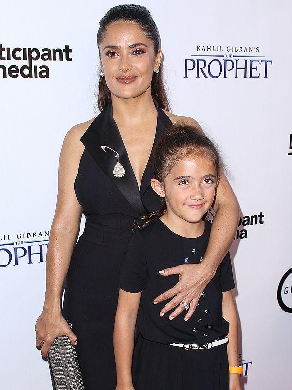 "Aw! Salma Hayek has a ""date night"" with daughter Valentina"