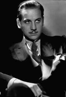 Melvyn Edouard Hesselberg (4/51901 – 8/4/1981), better known as Melvyn Douglas, came to prominence in the 1930s as a suave leading man, perhaps best typified by his performance in the 1939 romantic comedy Ninotchka with Greta Garbo. Douglas later took mature & fatherly roles as in his Academy Award-winning performances in Hud (1963) & Being There (1979) & his Academy Award-nominated performance in I Never Sang for My Father (1970).