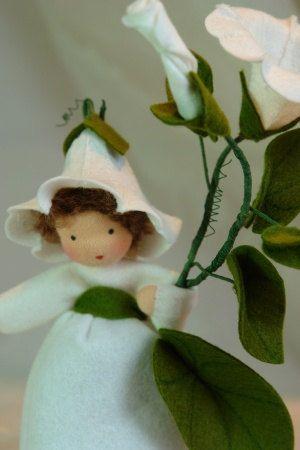 Bearbind  Flower Child  Waldorf  Inspired  by KatjasFlowerfairys, €34.00