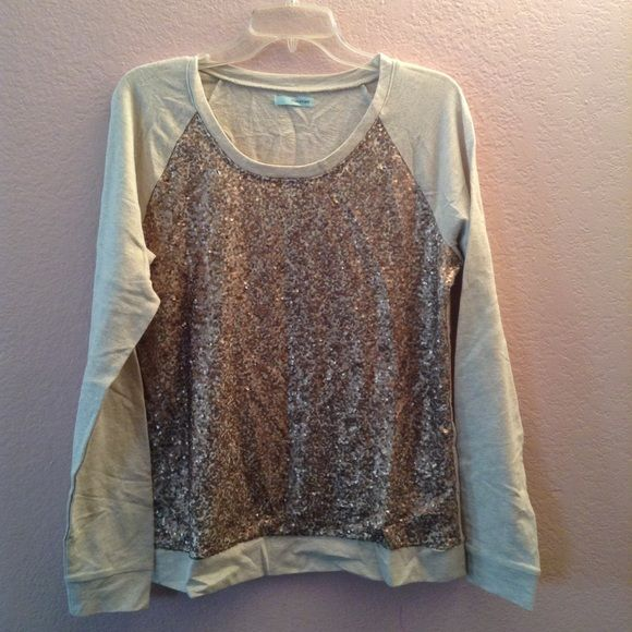 Maurice's long sleeve Cream and gold long sleeve top ** new w/o tags** Maurices Tops Tees - Long Sleeve