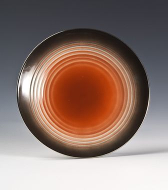 Dinner plate by Nora Gulbrandsen  for Porsgrund Porselen.